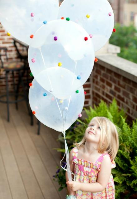globos con pompones